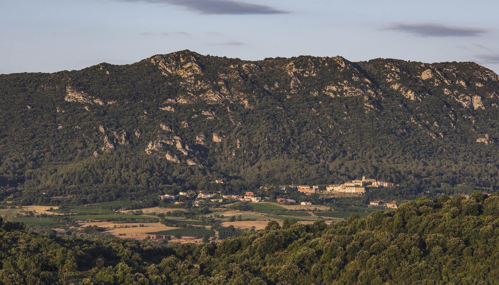Montagne Liausson Christian Ferrer Wikimedia : CreativeCommons