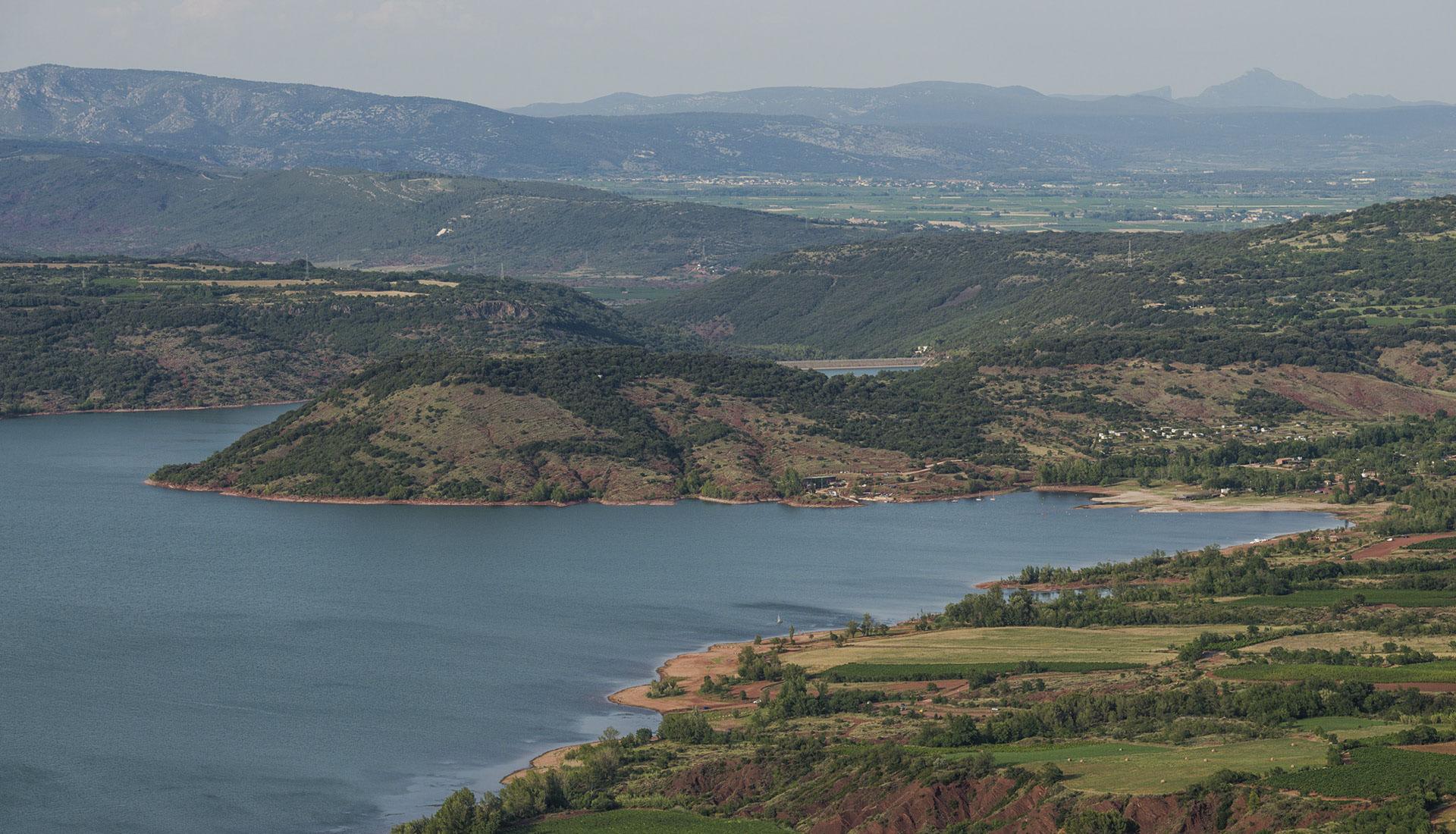 Lac du Salagou Liausson © Christian Ferrer:Wikimedia Commons
